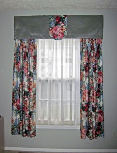 Valance and cutains