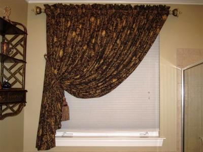 Curtain with tieback